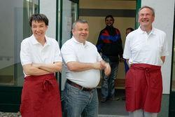 Mitarbeiter der Feinen Küche und des Fahrdienstes.