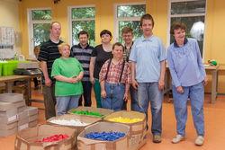 Gruppenfoto im Arbeitsbereich.