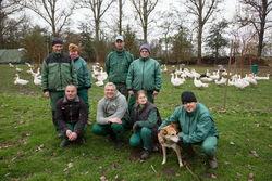 Mitarbeiter und Beschäftigter des Biohofs.