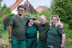 Mitarbeiter der Garten- und Landschaftspflege Cottbus Mitte.